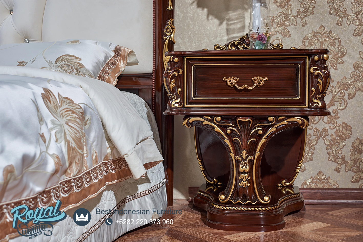 Nakas Jepara Kayu Jati Klasik Ukiran Carolina, kamar tidur mewah modern terbaru, kamar tidur mewah dan elegan, kamar tidur mewah elegan, kamar tidur mewah klasik, kamar tidur mewah minimalis, set kamar tidur mewah, set kamar tidur mewah klasik, harga tempat tidur mewah modern, kamar set minimalis mewah, tempat tidur mewah gold duco, tempat tidur mewah ukir jepara, model kamar set pengantin terbaru, harga 1 set tempat tidur pengantin, tempat tidur jati jepara, kamar set jati jepara, mebel jepara, furniture jepara, toko furniture jepara, royal furniture